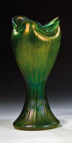 Vase Neptun Loetz Wwe. Klostermühle 1902 / 1903