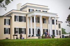 OATLANDS PLANTATION, Loudon County, Virginia.  Home of George Carter; Stilson Hutchins; William Corcoran Eustis.  Built c1803.  -  HAUNTED