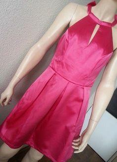 37789c65fd38 Saténové Ružové Koktejlové Šaty Ariana Lipsy