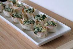 Like little bites of spinach artichoke dip! Spinach & Artichoke Wontons from @Julie Murkerson