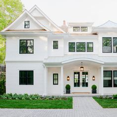 Get a sneak peek of our 2016 Hamptons Showhouse!