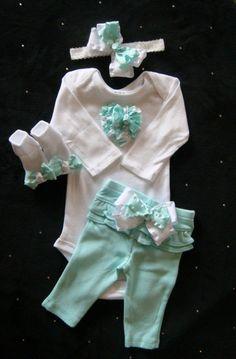 Bebé recién nacido llevar traje de ropa casa por BeBeBlingBoutique