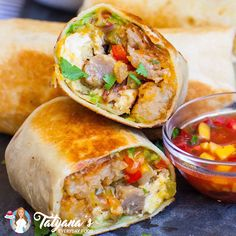 Shrimp Tacos Discover Best Breakfast Burrito The most delicious breakfast burrito recipe! Made with sausage bacon hash browns veggies and cheese! Make Ahead Breakfast, Sausage Breakfast, Breakfast Time, Best Breakfast Foods, Healthy Breakfast Burritos, Mcdonalds Breakfast Burritos, Breakfast Toast, Vegetarian Breakfast, Perfect Breakfast