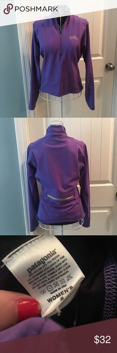 Patagonia Quarter Zip Lightly worn! No flaws! Size small Patagonia Jackets & Coats