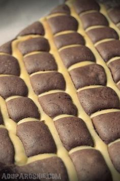 Poduszkowiec Hot Dog Buns, Hot Dogs, Polish Recipes, Polish Food, Food Cakes, Cake Recipes, Bread, Cookies, My Favorite Things