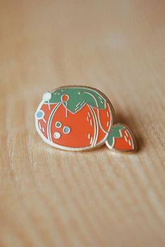 This tomato pin cushion enamel pin is perfect for sewists and quilters! Badges, Glassine Envelopes, Pin And Patches, Jacket Patches, Jacket Pins, Badge Design, Cute Pins, Pin Cushions, Lapel Pins