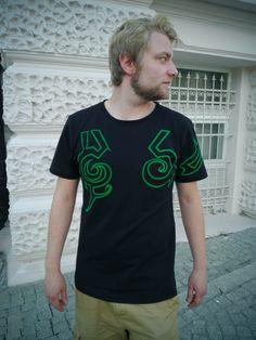 Demon Hunter T-Shirt by Wolvenstyle by Wolvenstyle on Etsy #illidan #gamingtshirt #tshirt #cool #gaming #nerdy #demonhunter #warcraft #worldofwarcraft #legion #wowlegion