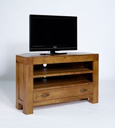 Santana Rustic Oak Corner TV Unit - The Santana Rustic Oak collection is made using partially reclaimed oak, with a rich patina finish to accentuate the grains of the timber. Substantial in size and build, this range has been crafted both to last and to impress.