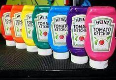 Hjemmelavet maling - bland 2,5 dl vand, 2,5 dl mel og 2,5 dl salt sammen, og tilføj frugtfarve