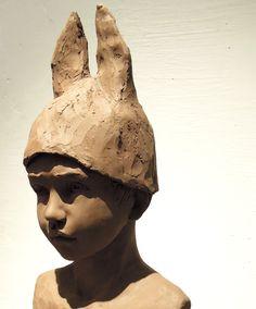 Sculpture en terre cuite patinée sur le thème de l'enfance par Anne-Laure PERES, sculpteur. http://www.annelaure-peres.com