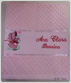 Toalha de lavabo personalizada tema Menina