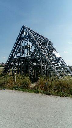 Modern mimari üçgen ev