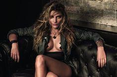 Extreme Looks gehören für Schauspielerin Sophia Thomalla allein schon durch ihren Freund, Rammstein-Sänger Till Lindemann, zum Alltag. Jetzt kann sie als Werbegesicht des Mode-Labels Freaky Nation selbst für Leder auf nackter Haut werben. Als offizielle Markenbotschafterin präsentierte sie jetzt die Freaky-Nation-Kollektion auf der Berliner Modemesse Panorama. Aber auch bei den Werbemitteln soll sie den Auftrag der Marke prägen. Quelle:Horizont
