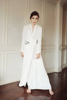 9b850a96e1 Women Luxury Long Smooth Silk Robe  Robe with Piping line  Elegant Bridal  Wear  Bridesmaid  Wedding kimono  High-quality Lingeries
