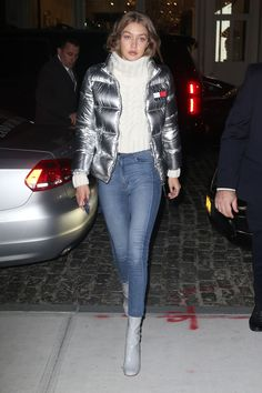 12 OFF-DUTY WINTER OUTFIT IDEAS TO TRY THIS SEASON