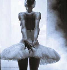 dramatic+ballerinas | ZsaZsa Bellagio: Ballet Beautiful