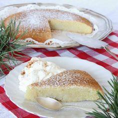 Kanelkladdkaka – Lindas Bakskola Cookie Desserts, Cookie Recipes, Dessert Recipes, Drink Recipes, Sandwich Cake, Swedish Recipes, Vegetable Drinks, Pastry Recipes, I Foods