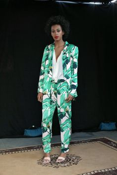 Solange-Knowles-undeniably-fresh-green-printed-Pencey-x-Mia.jpg (683×1024)
