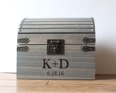 Wedding card box with lockability and slot in top; Lockable card box, Wedding Treasure Chest
