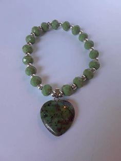 Pulsera de cristales verdes 8mm con fascino de corazon hecho de piedra natural agata e perle plateados 925 4mm Bracciale in cristallo 8mm verde con charm in argento e pietra naturale agata perline 925 4mm