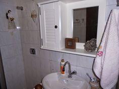 Venha para a minha sala !  : Meu banheiro com móveis novos