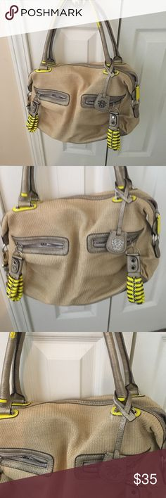 nwot jessica simpson purse never worn cream with yellow detail Jessica Simpson Bags