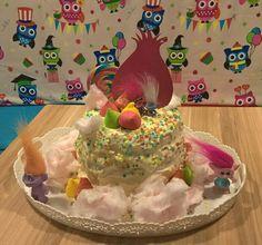 Mirto's Trolls birthday cake!
