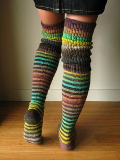 Ravelry: ElsaLemons Elsas first socks The long ribbing, the colours, beautiful.