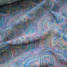 Paisley pattern cotton fabric x 50cm Becoming a Carolyn PJ, +maybe a maison victor top (leila)