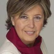 Mercedes Bresso è nata a Sanremo nel 1944; è un'accademica, economista e politica italiana.