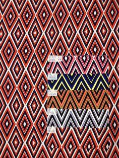 Pattern 12501  Diamond patterns.