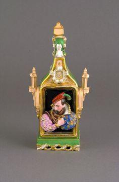 A Fine Jacob Petit Vieux Paris Figural Porcelain Scent Bottle, c. 1835-1850, modelled as a 16th c. Gentleman and Lady