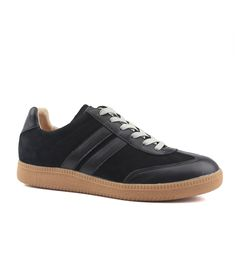 c7cde2fd542cb3 Bared Shoes  A revolution in footwear. Men s and women s shoes designed by a  podiatrist