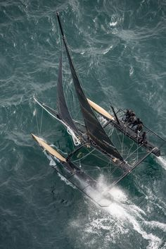 Ladycat powered by Spindrift racing wins the Bol d'Or Mirabaud 2014