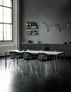 vipp table for any setting - April and May