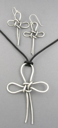 Knots: couldn't find a tutorial on this, but I might be able to figure this out on my own.  Love this cross.