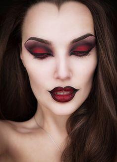 Vampire Makeup - LOVE the dark outlines.