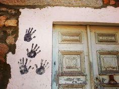by http://ift.tt/1OJSkeg - Sardegna turismo by italylandscape.com #traveloffers #holiday | Der Karneval hinterlässt spuren... Tracce di Carnevale... #sardegna #sardinien #flaniereninsardegna #carnevale #travel #travelling #traveling #igersardegna #ovodda #igerbarbagia #distrettodelnuorese #blogger #travelblogger #wanderlust #backpacker #lanuovasardegna #unionesarda #travelgram #instablogger #instatravel #globetrotter #doors Foto presente anche su http://ift.tt/1tOf9XD | February 04 2016 at…