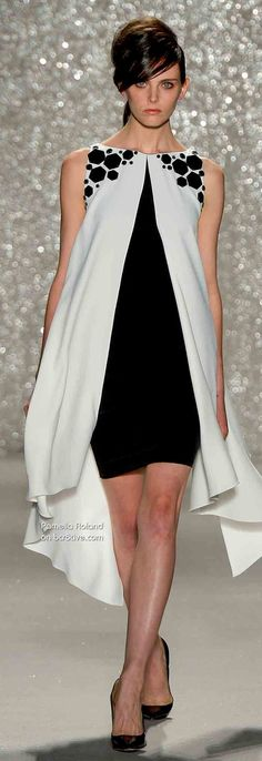 Up dated Pamella Roland Spring 2014 . another fascinating silhouette. Photo reminds me of Cover Girl ad: Why do models always look so MAD? Couture Fashion, Runway Fashion, Womens Fashion, Designer Evening Gowns, Evening Dresses, Look Fashion, High Fashion, Fashion Design, Fashion Spring