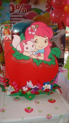 Alcancia-Cumpleaños (Rosita Fresita)