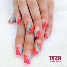 Color block  #trannails #nageldesign #nagelstudioerbach #nailart #wallofnails #gel #manicure