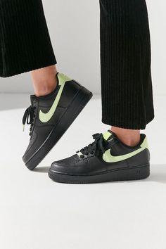 online retailer 65a69 23f56 Nike Air Force 1  07 Sneaker