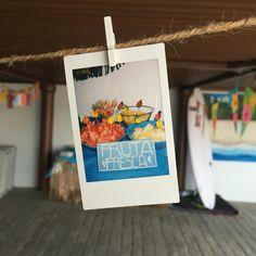 Y si en verano hace mucha calor, cambiamos el Candybar por un Fruitsbar...¡anda que no! ¡Que me acabo de inventar el nombre! 😂  LOVE #love #amor #happy #feliz #fruta #fruit #buffet #candy #candybar #chocolate #verano #summer #summertime #wedding #weddingplanner #Cádiz #hot #relax #selfie #polaroid #foto #wedding #weddingplanner #beach #playa #sol #sun #inlove #boda #bodasbonitas #bodasunicas #deco #handmade #inspiration