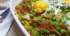 Huevos con verduras: La receta de hoy es un rico combinado de verduras, con huevo y tiras de jamón serrano. Una receta que esta al alcance de todos, por lo sencilla que y económica que es.