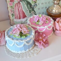 Shabby Sweet Medium Rose Cake. It would look great with your #cottage #decor