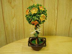 つまみ細工のトピアリー Topiaries, Crafts, Manualidades, Topiary, Handmade Crafts, Craft, Arts And Crafts, Artesanato, Handicraft