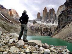 Das Torres del Paine W ist die beliebteste Route des berühmten Nationalparks in Chile. Meine Erfahrungen und alle Infos findest du in diesem Wanderführer.