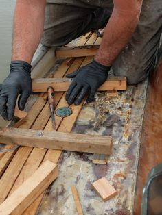 fasten less teak deck Boat Restoration, Wooden Boats, End Of The World, Teak, Interior, Wood Boats, Indoor, Interiors