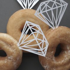 """do this...whether family of friend's..wouldn't ..i mean if you saw..wouldn't you think its a bit ???""paper dimonds + donuts = donut dimond rings"