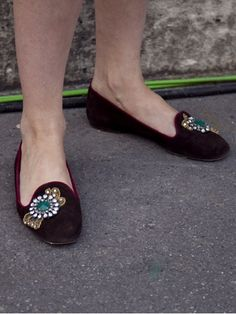 Love those shoes with a brooch!!!!30 Street Style Snaps from Paris Couture Fashion Week: Style: teenvogue.com